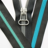 cover-thin-teeth-plastic-zipper-3