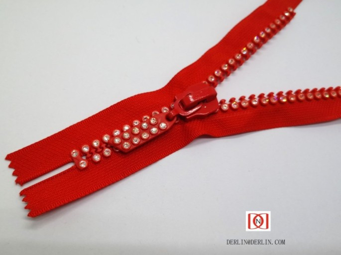 NO.10 Rhinestone closed end zipper 10#鑽石密尾拉鏈